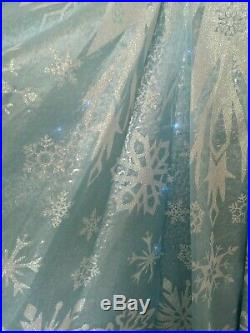 Disney Store Frozen Elsa Deluxe Light Up Dress