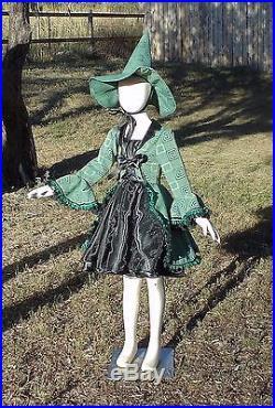 Girls 6-8 4 piece Green Hocus Pocus Geometric Witch halloween costume complete