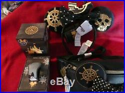 Minnie Mouse Main Attraction Pirates the Caribbean Fanny Pack, Ears & Magic Band