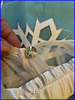 SIZE 7/8FROZEN ELSA GOWNA++ QualityRETIRED DELUXE ORIGINAL DISNEYNew with TAG